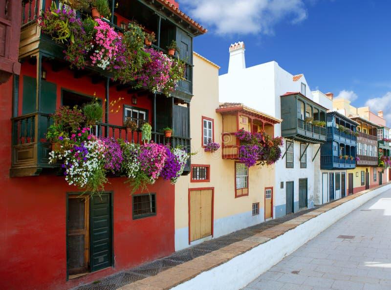 Fachadas coloniais da casa de Santa Cruz de La Palma imagem de stock royalty free