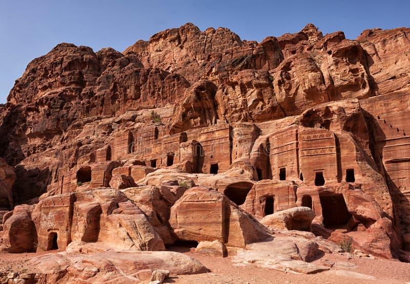 Fachadas de casas velhas do arenito PETRA, Jordão fotos de stock