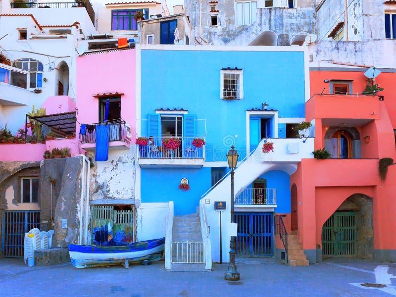 Fachada de casas pintadas fotos fachadas casas pintadas for Colores modernos para fachadas