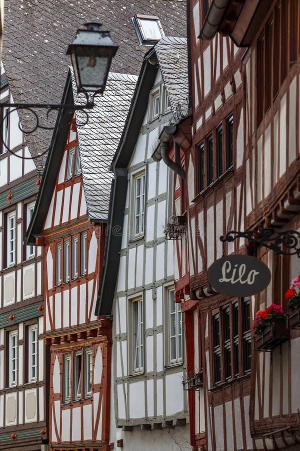 fachadas Mitad-enmaderadas de la ciudad vieja de Limburgo, Alemania foto de archivo