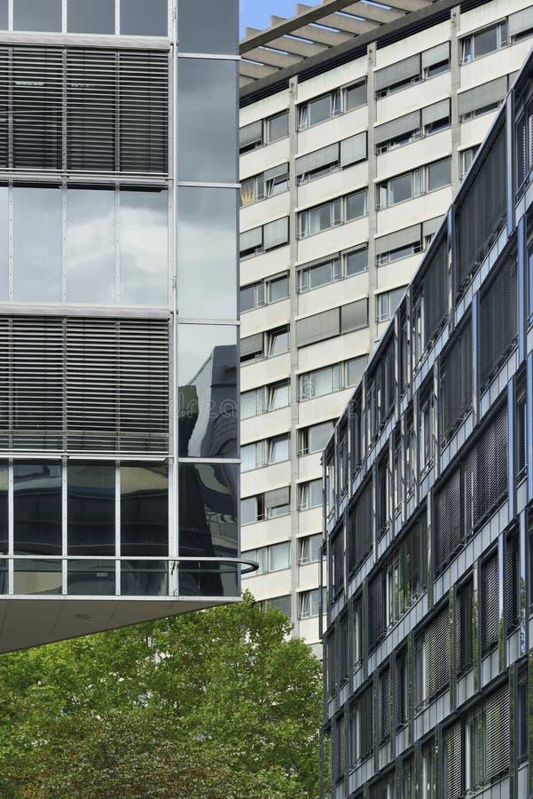 Fachadas modernas, Stuttgart foto de archivo