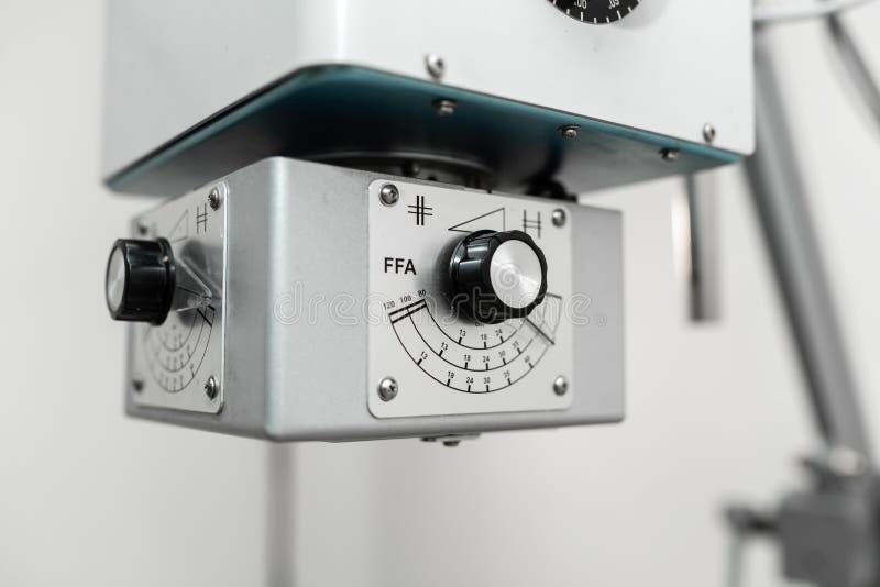 Fachowego instrumentu Radiologiczna maszyna w weterynaryjnym szpitalu zdjęcie royalty free