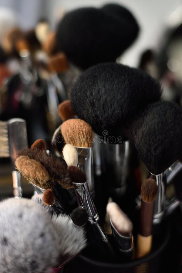 Fachowi makeup muśnięcia obrazy stock