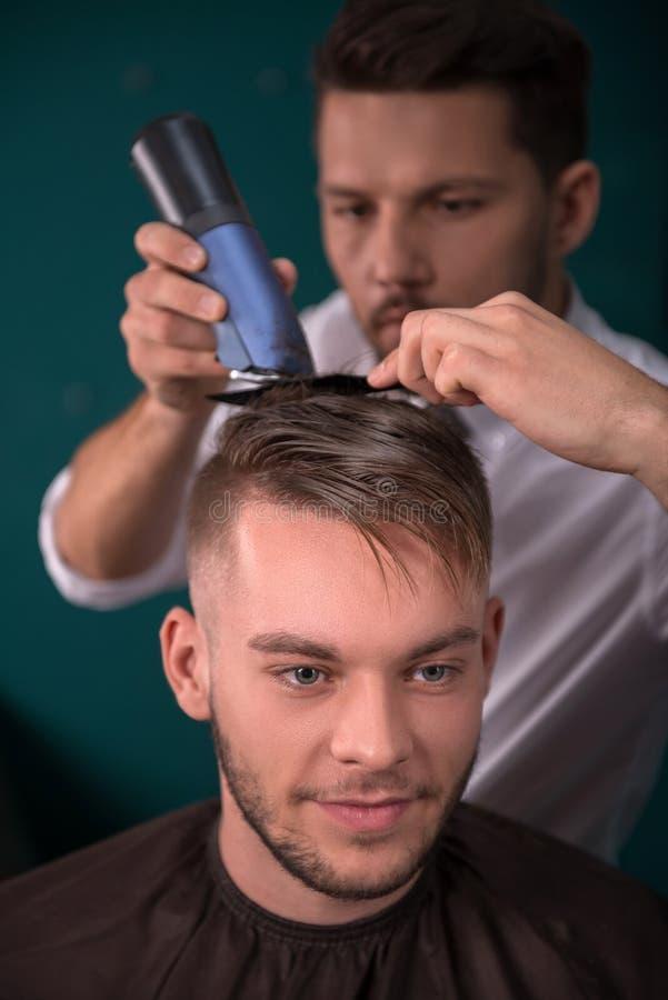Fachowy fryzjerstwo salon fotografia stock