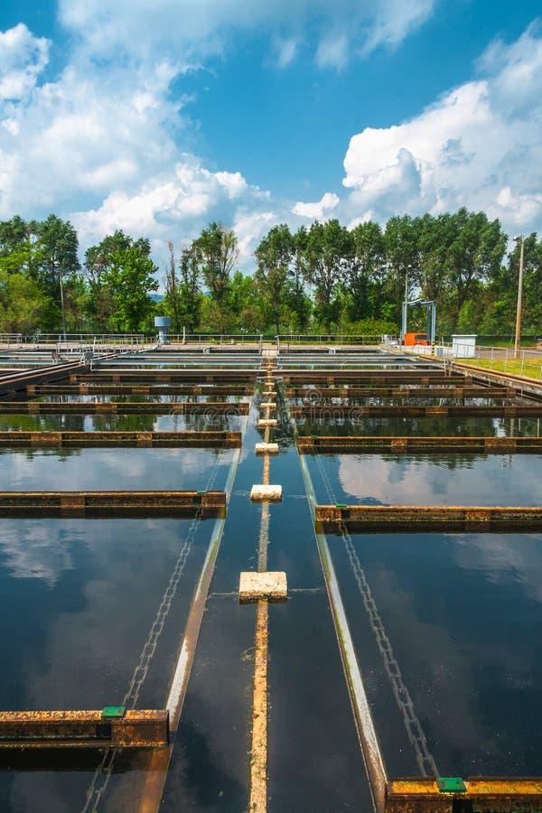 Facilidade da limpeza da água imagem de stock