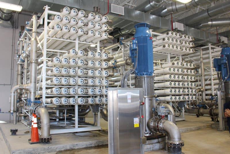 Facilidade do tratamento da água da osmose reversa foto de stock