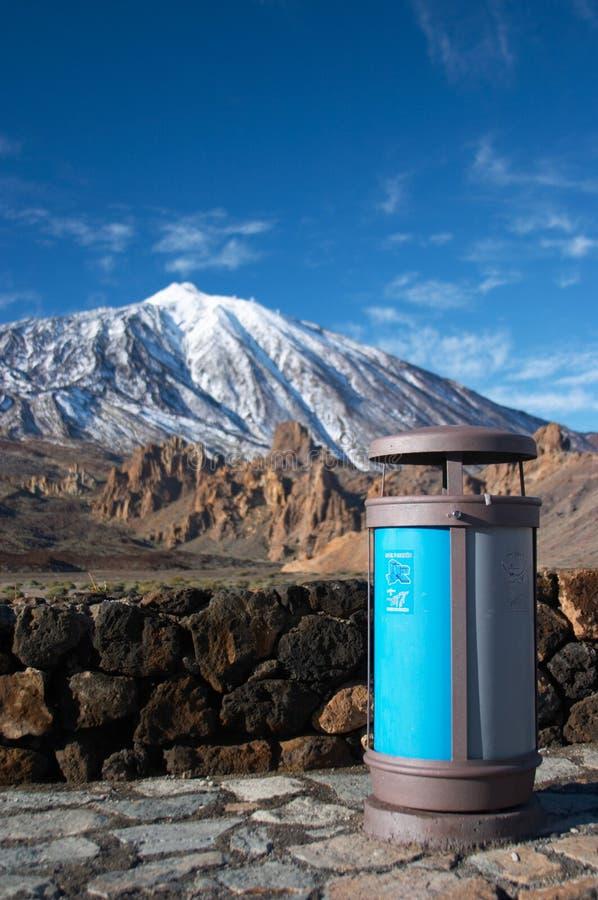 Download Facket återanvänder Teidevulkan Arkivfoto - Bild av vulkan, kanariefågel: 500188