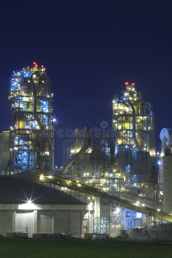 Factory / Chemical Plant At Night royalty free stock image