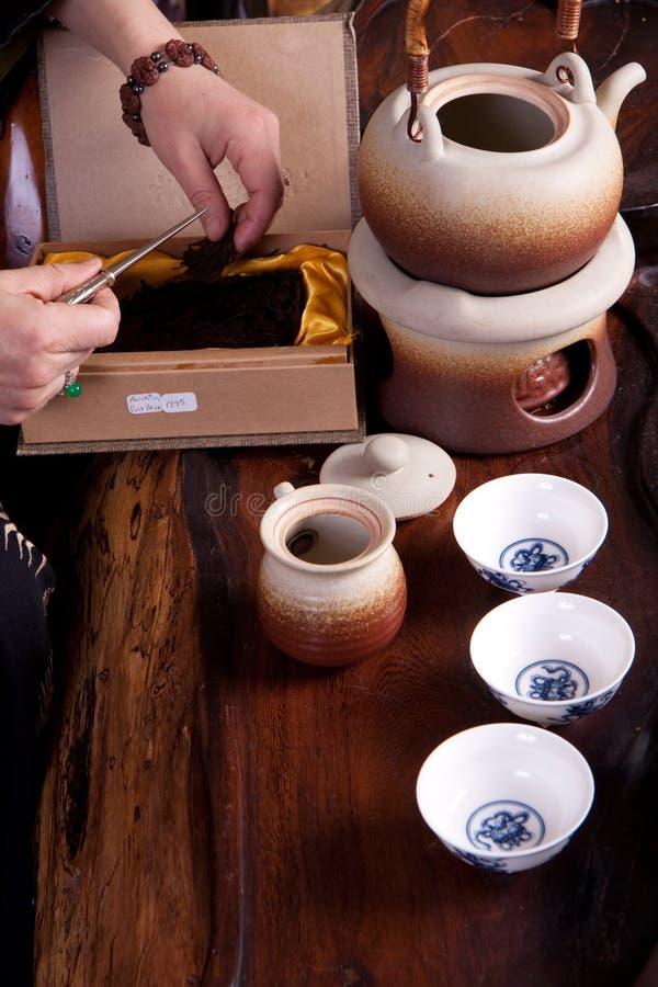 Download Factura De Um Potenciômetro Do Chá Foto de Stock - Imagem de ceremony, cerâmica: 12809758