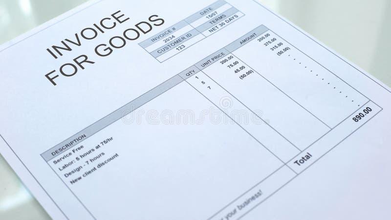 Factura para el documento comercial en la tabla, contabilidad empresarial, plantilla de las mercancías stock de ilustración