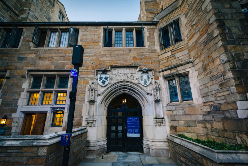 Faculdade de Trumbull, no terreno de Yale University, em New Haven imagens de stock royalty free