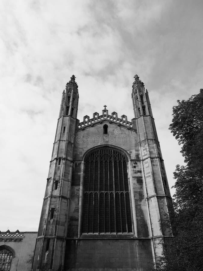 A Faculdade do rei em Cambridge em preto e branco imagens de stock royalty free