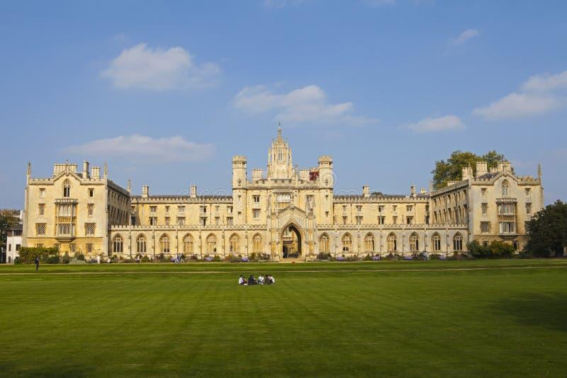Faculdade do St John em Cambridge imagem de stock royalty free