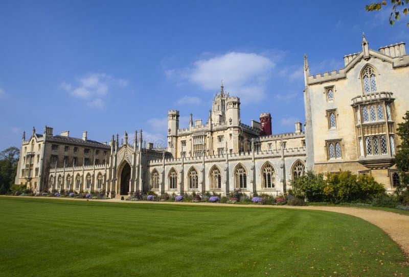 Faculdade do St John em Cambridge imagens de stock