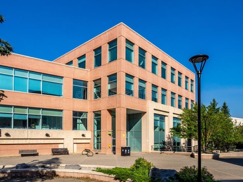 Faculdades profissionais que constroem na universidade de Calgary imagens de stock royalty free