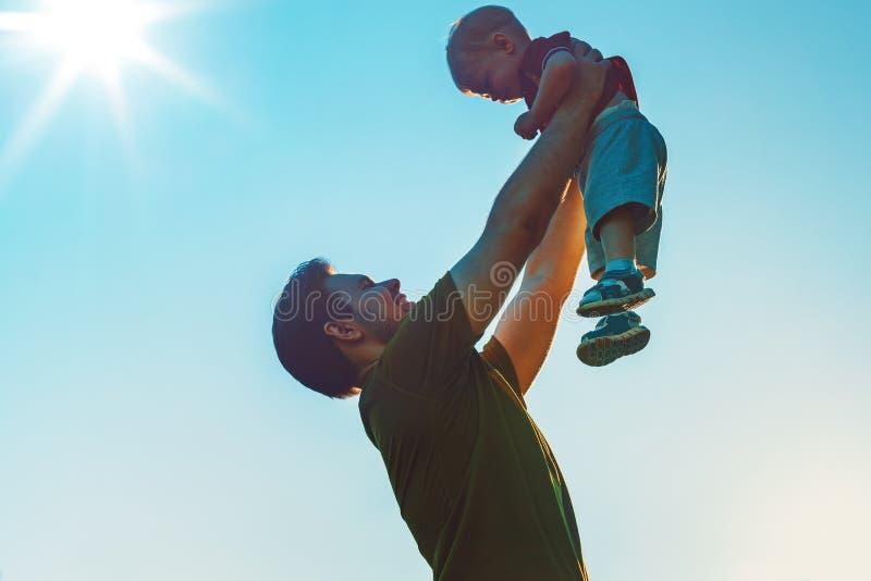 Fader och son arkivbilder