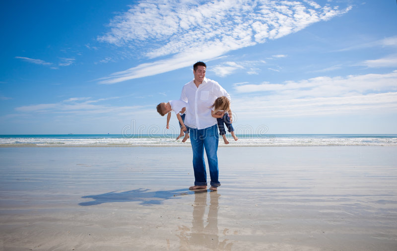 Fader och ungar arkivfoton