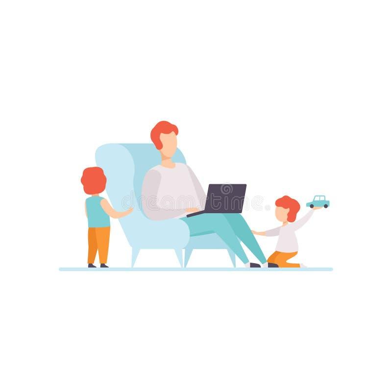 Fader Working på bärbar datordatoren, medan sitta på soffan hemma, hans söner som spelar bredvid honom, Freelancer, förälder stock illustrationer