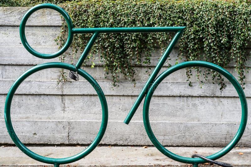 Fahrrad für das Parken lizenzfreie stockfotos