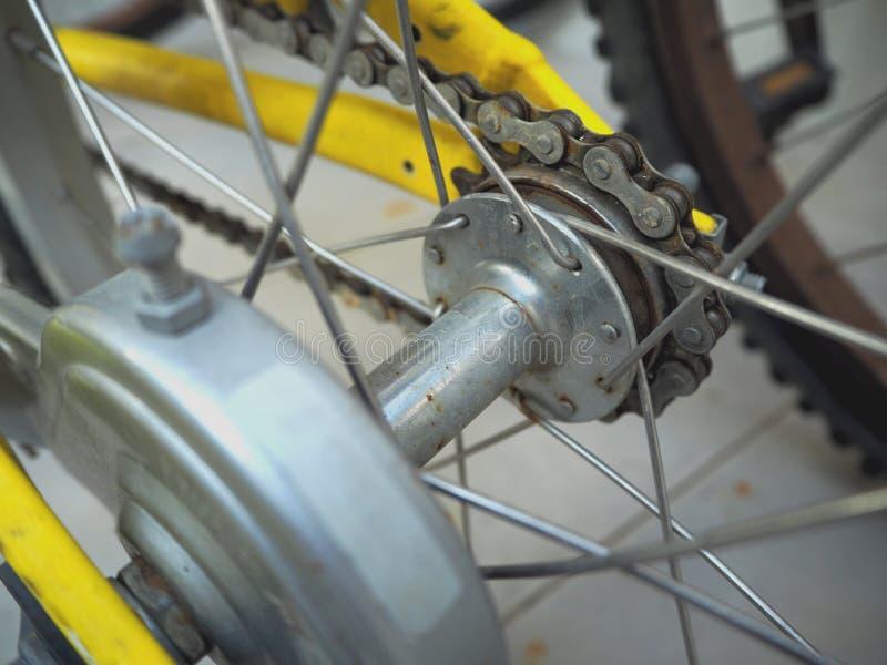 Fahren Sie hintere Kassette, Teil des Fahrrades rad lizenzfreie stockfotografie