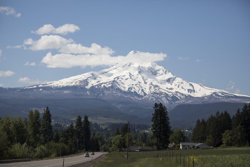 Fahren Sie von Hood River, Oregon zur Berg-Haube lizenzfreie stockbilder