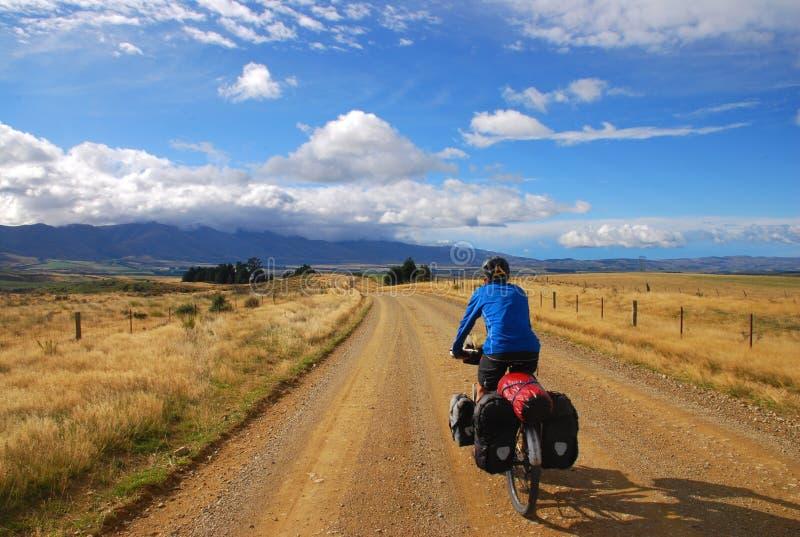 Fahrrad, das in Neuseeland bereist stockbild