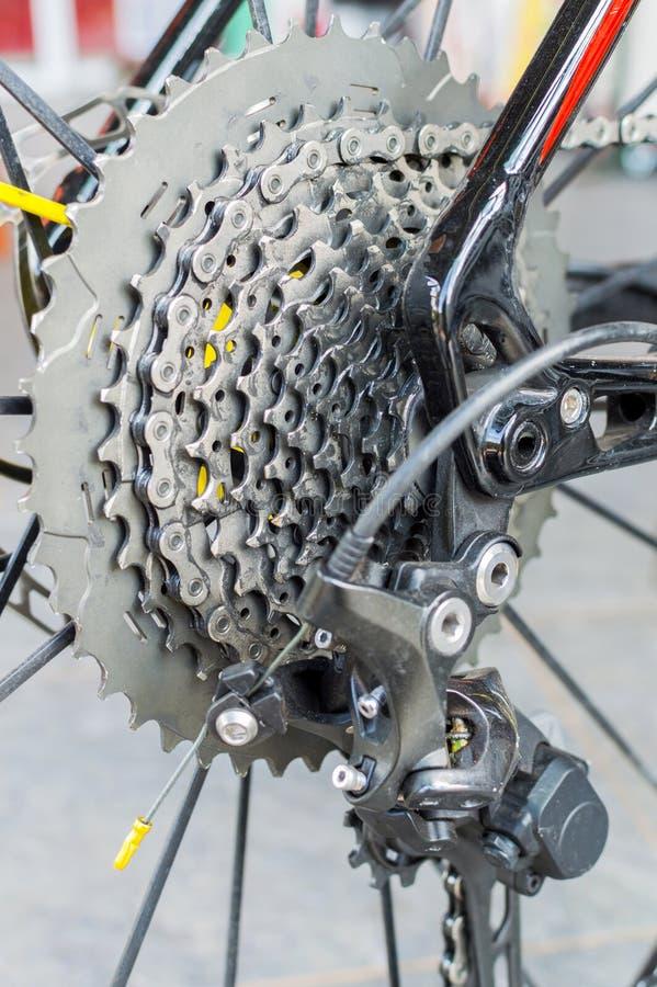 Fahrradkette und hintere Kassette lizenzfreies stockfoto
