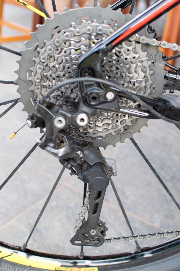 Fahrradkette und hintere Kassette stockbilder