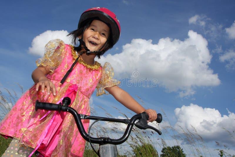 Fahrradkind stockfoto