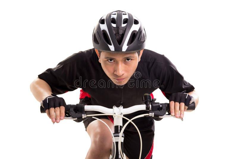 Fahrradrennläufer, der seine Vorderansicht der Fahrradnahaufnahme reitet lizenzfreie stockfotografie