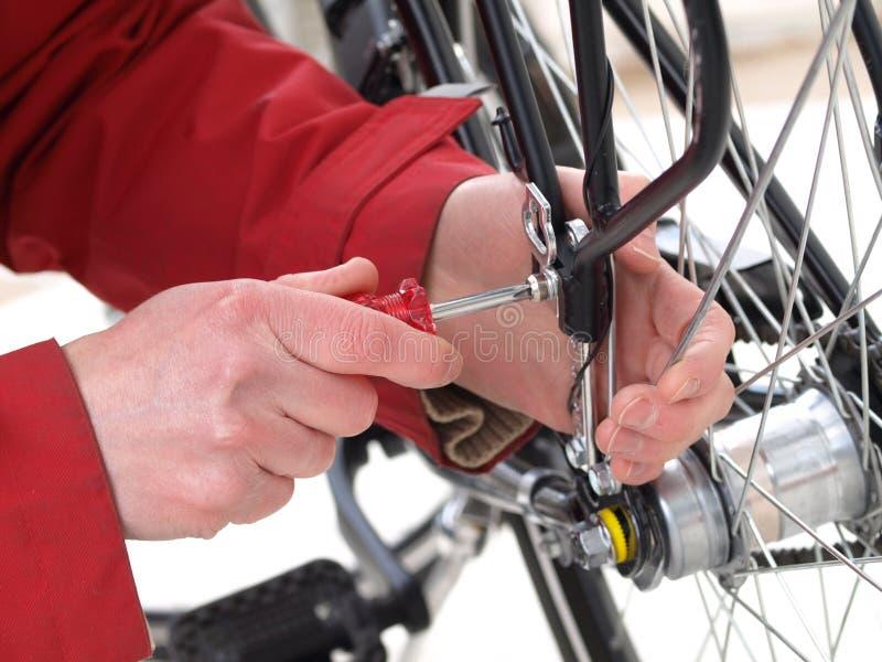 Fahrradreparatur, Nahaufnahme stockfoto