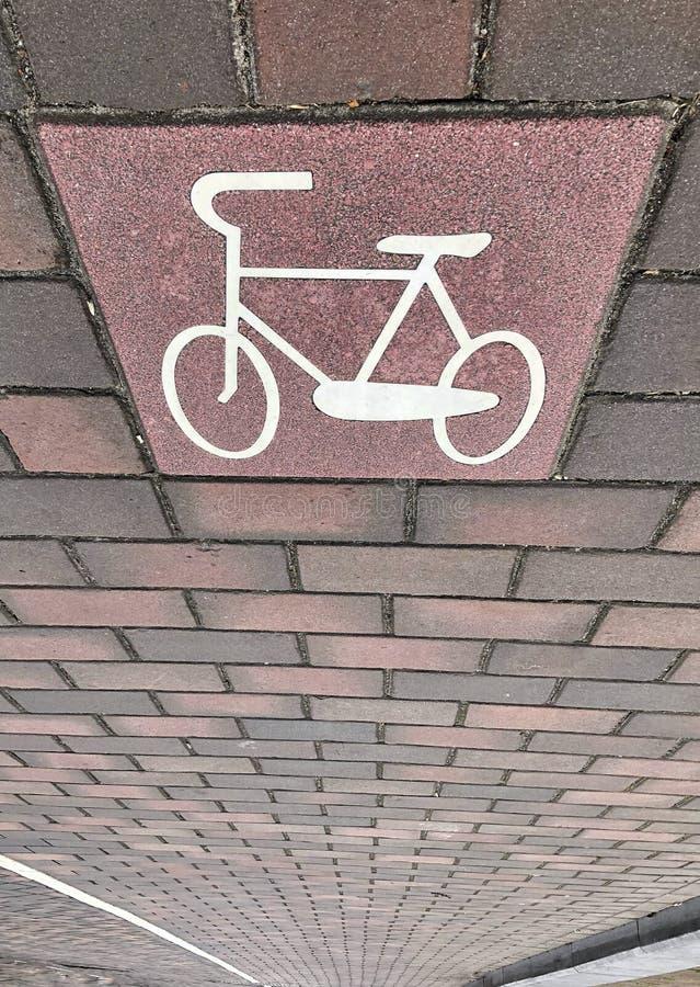 FahrradVerkehrsschild an der Straße lizenzfreies stockfoto