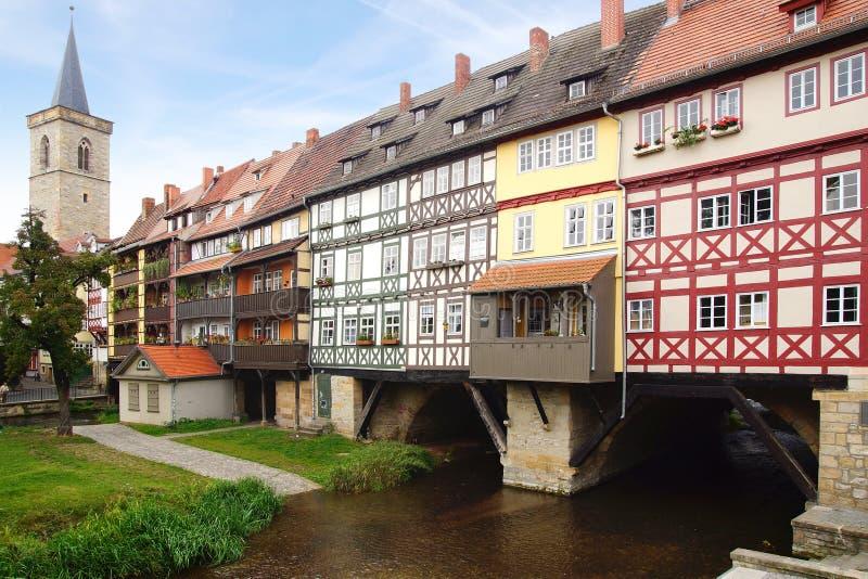 Köpmän överbryggar. Erfurt fotografering för bildbyråer
