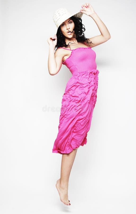 Fairy девушка летания в розовом платье стоковые изображения