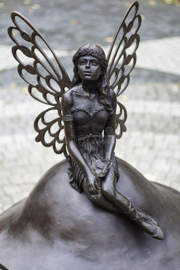 Free Fairy Sculpture In The Park Royalty Free Stock Photo - 61278815