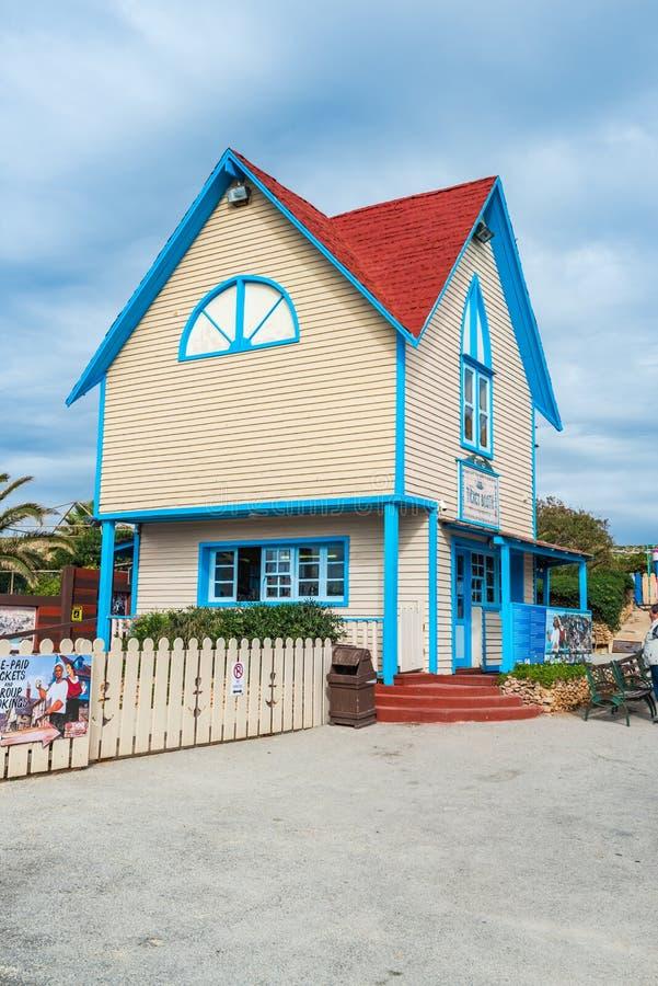 Fairytaleplattelandshuisje in Ankerbaai, Popeye-Dorp, Malta stock foto's