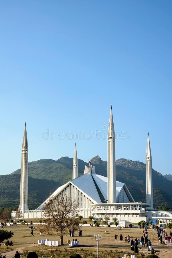 Faisal Mosque Tourists Islamabad Pakistan photo stock