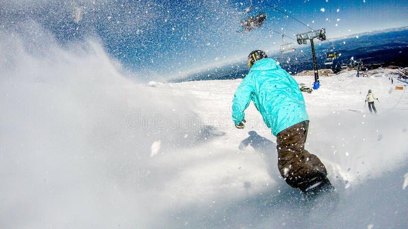 Faisant du surf des neiges dans Turoa, le Nouvelle-Zélande image libre de droits