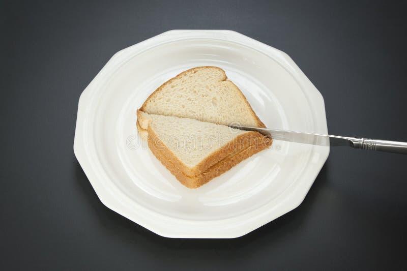 Faisant un sandwich - étape 3 images stock