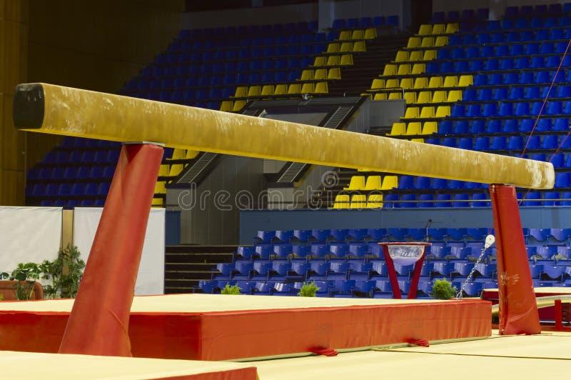 Faisceau d'équilibre gymnastique images stock