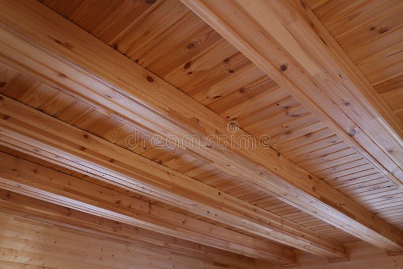 faisceaux en bois de plafond image stock image du vivre moderne 71702527. Black Bedroom Furniture Sets. Home Design Ideas
