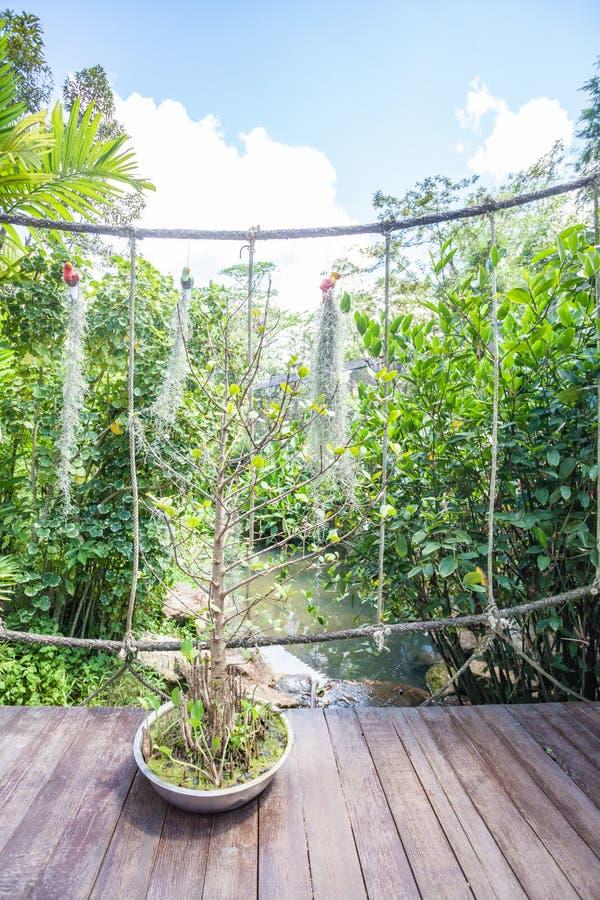 Fait du jardinage les passages couverts images libres de droits