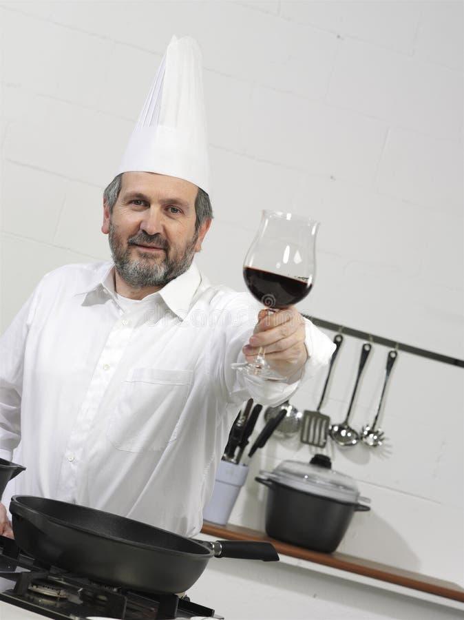 Faites cuire dans la cuisine image stock