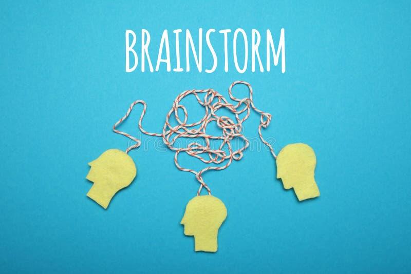 Faites un brainstorm l'idée, esprit d'équipe Travail créatif d'affaires image libre de droits