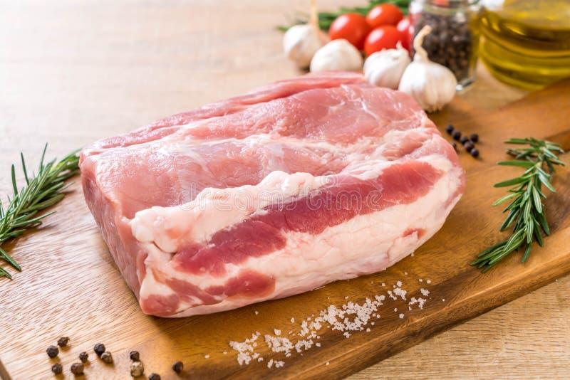 faixa crua da carne de porco fresca imagens de stock