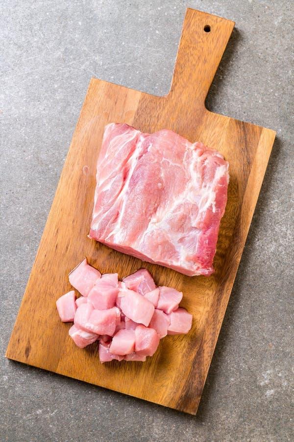 faixa crua da carne de porco fresca fotografia de stock