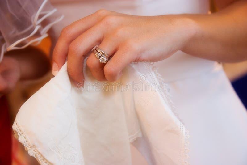 Faixa de casamento das noivas fotos de stock royalty free