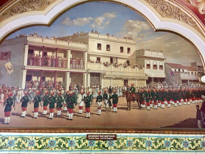 Faixa escocesa com os tocadores de gaita de foles no exército real do estado principesco de Mysore foto de stock royalty free