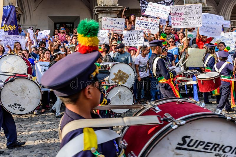 Faixa & protestadores, Dia da Independência, Guatemala fotos de stock