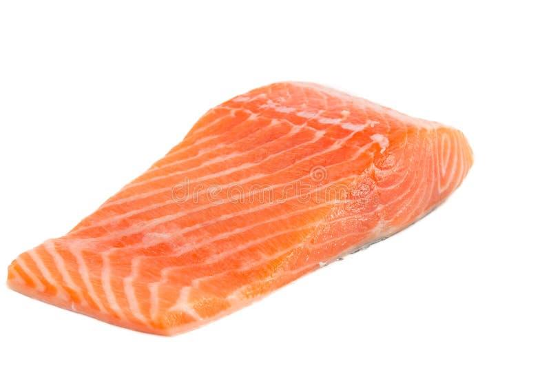 Faixa salmon crua isolada no fundo branco fotos de stock royalty free